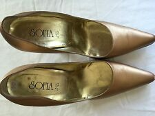 Pre Owned Size 10  SOFIA Women's Heel Gentle Worn 4 Inches Heel  Gold