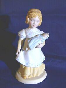 "1981 Avon ""A Mother's Love"" Sculpture Figurine Handcrafted  EUC  5.5"" 1981"