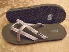 Teva Olowahu 6840 Women's Thong Flip Flop Sandal Size 11 M NEW