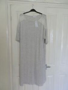 Marks And Spencer Body Short Sleeve Nightdress Size 20 Grey With White Lace. New