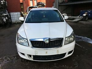 2009 SKODA OCTAVIA 2.0 TDI  FRONT END NO HEADLIGHTS  COLOUR CODE F9E