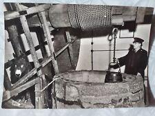 Vintage B/W Ministry of Works Postcard Carisbrooke Castle Well & Donkey Wheel