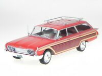 Ford Country Squire 1960 red Holzoptik diecast modelcar 18074 MCG 1:18
