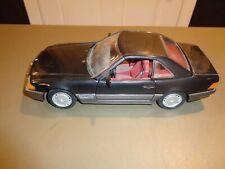 Revell 1:18 Die Cast 1990 Black Mercedes Benz Car detachable roof