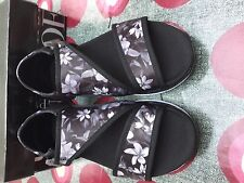 Blink black and white flower pattern sandals uk size 7 EU 40
