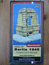 Maquette PLUS MODEL 1/48 Ref 4032 Diorama Berlin 1945