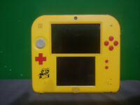 Nintendo 2DS Super Mario Maker Edition - Yellow/Red & Mario Kart 7
