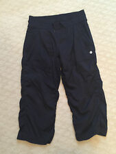 LULULEMON BLACK NYLON CROP PANTS DRAWSTRING SIZE 4 GOOD COND FAST SHIPPING