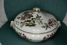 New ListingWedgwood Charnwood Round Covered Vegetable Bowl Excellent England Bone China