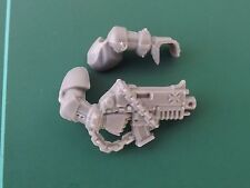 Space Marine Black Templar Boltgun / Bolter with Arms D