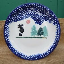 THOMSON WOODLAND POTTERY CABIN MOOSE TREES BLUE SPONGE RIM DISCONTINUED PLATE