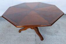 Table basse octogonale à 2 essences de bois cerisier et noyer