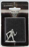 Dark Sword DSM-7320 Male Dual Wield Rogue Thief Warrior Ranger Adventurer Hero