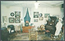 """An old-fashioned parlor"" PESHTIGO FIRE MUSEUM Wisconsin 1960's ""K"" KARD UNUSED"