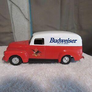 Ertl Budweiser Anheuser Busch 1951 GMC Panel Van Die Cast Metal Bank 1:24 Scale