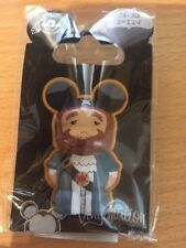 Disney Vinylmation 3D Pins -Pirates of the Caribbean® Auctioneer