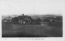 POSTCARD   WALES   Club  House and  Golf  Links  RP LLANDRINDOD  WELLS   RP