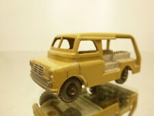 LESNEY MATCHBOX 29 BEDFORD  - CREAM 1:66? GOOD CONDITION - NO BOX
