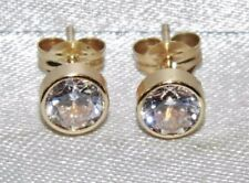 9ct Yellow Gold 1.00ct Solitaire Bezel Set Ladies Stud Earrings -