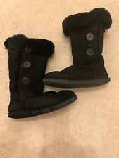 Ugg Bailey Button Triplet II Boot Size 7.5 UK & 40 EU