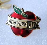 ZP431 New York Big Apple Enamel Lapel Pin Badge The City That Never Sleeps