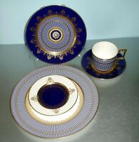 Wedgwood Anthemion Blue 5 Piece Place Setting English Bone China New Boxed
