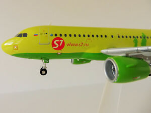 S7 Airline Airbus A319 1/200 Herpa 559072 A 319 A320 Siberia Moscow Oneworld