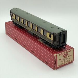 Hornby-Dublo 4036 Pullman Car 2nd Class with interior fittings. Car No.74 boxed