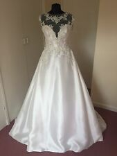 Enzoani Irene Size 12 Wedding Dress