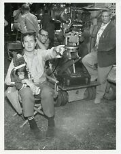 Chimpanzee And The Hathaways Director On The Set Original 1961 Abc Tv Photo