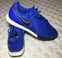 NIKE JR Phantom Vision Soccer Shoes Big Boys Sneakers Size 6Y Blue