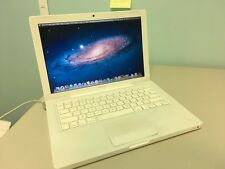 Apple Macbook A1181 2.0ghz - 2GB - 80GB - OSX 10.7 - DVD - WIFI - BLUETOOTH