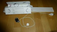 APPLE iWatch Series 5 GPS 44 mm Silver Aluminum Case with WHITE Sport Band + Ext
