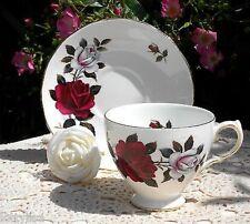 Colclough Bone China England #7906 AMORETTA Red & White Rose Cup Saucer