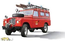Italeri 3660 Land Rover - Fire Truck / Feuerwehr - 1:24
