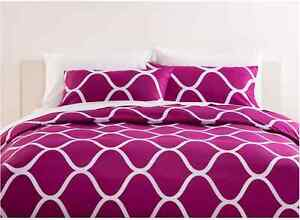 Geometric Print Dark Pink Purple White 2pc Doona / Quilt Cover Set - Single Bed