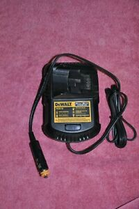 DeWalt DCB119 12V 20V Max. Lithium Ion Vehicle Battery Charger