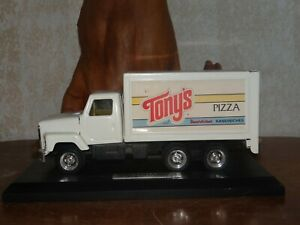 Ertl Tony's Red Baron Pizza Delivery Truck Straight Schwans w/ Sales Plaque