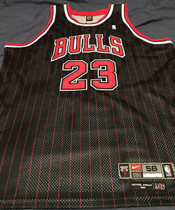 Vintage AUTHENTIC Nike Michael Jordan Chicago Bulls Black Pinstripe Jy 56 READ