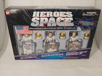 Heroes of Space NASA Figures Bean Duke Conrad Trading Cards and Mini Comic