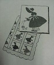 Vintage Quilt Quilting Sewing Fabric Pattern SunBonnet Sue Garden Applique