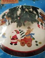 Titan Needlecraft Vintage 1987 Felt Xmas Tree Skirt Sealed Kit Santa New