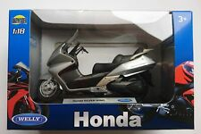 WELLY HONDA SILVER WING 1:18 DIE CAST NEW LICENSED MOTORCYCLE SCOOTER