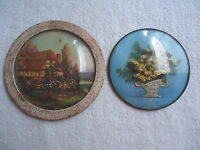 """Vintage Set Of 2 Round Hanging Pictures """" BEAUTIFUL COLLECTABLE SET """""""