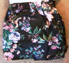 "QUEEN SIZE - BLACK FLORAL PRINT DESIGN BED DUST RUFFLE SKIRT 14"" DROP - NEW"