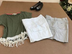 SONOMA and LEE COMFORT WAIST Women Shorts size 10 White / Beige Bundle of 2 flat
