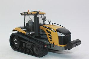 USK 10629 Challenger  MT 875 E Traktor mit LED Licht   1:32 NEU in OVP  ! SALE !