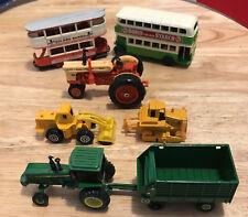Diecast Vehicles TramCar Double Decker/John Deere Tractor w Trailer/Case Tractor