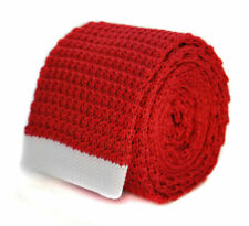 Corbatas, pajaritas y pañuelos de hombre rojos de seda