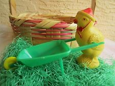 VINTAGE RARE MOLDED CELLULOID IRWIN CHICK PUSHING PLASTIC GREEN WHEEL BARROW TOY